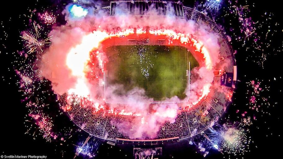 TERCER PREMIO para usuarios: Estadio de fútbol de Sofía, Bulgaria(@IceFire)